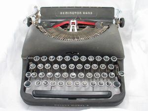 typewriter-117862-m